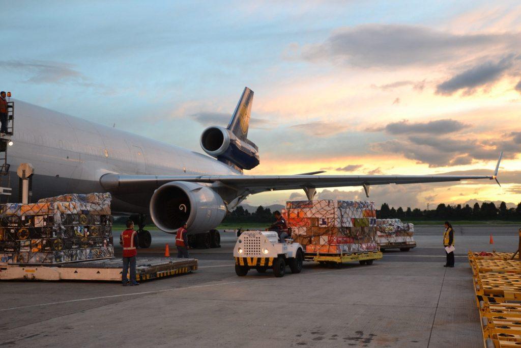 América latina, la región con peor desempeño en la carga aérea