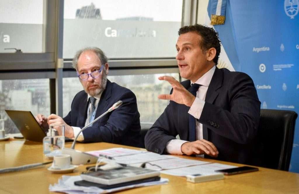 """""""Los corredores bioceánicos son claves para la integración regional"""""""