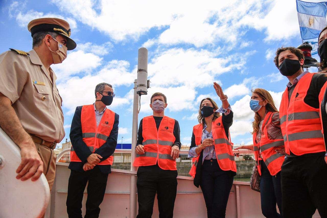 Costa visitó el Puerto Dock Sud para interiorizarse de las iniciativas que tiene la administración para potenciar su desarrollo