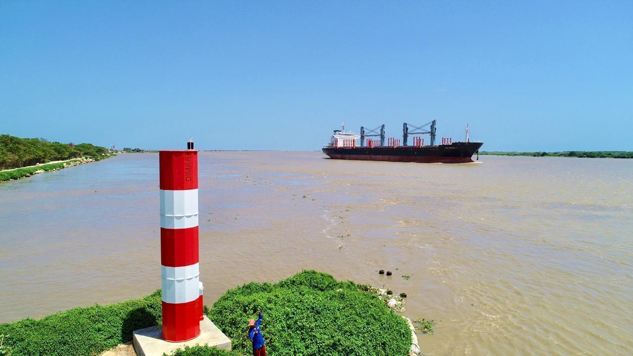 Jan De Nul se adjudicó el dragado de emergencia del canal de acceso al puerto de Barranquilla