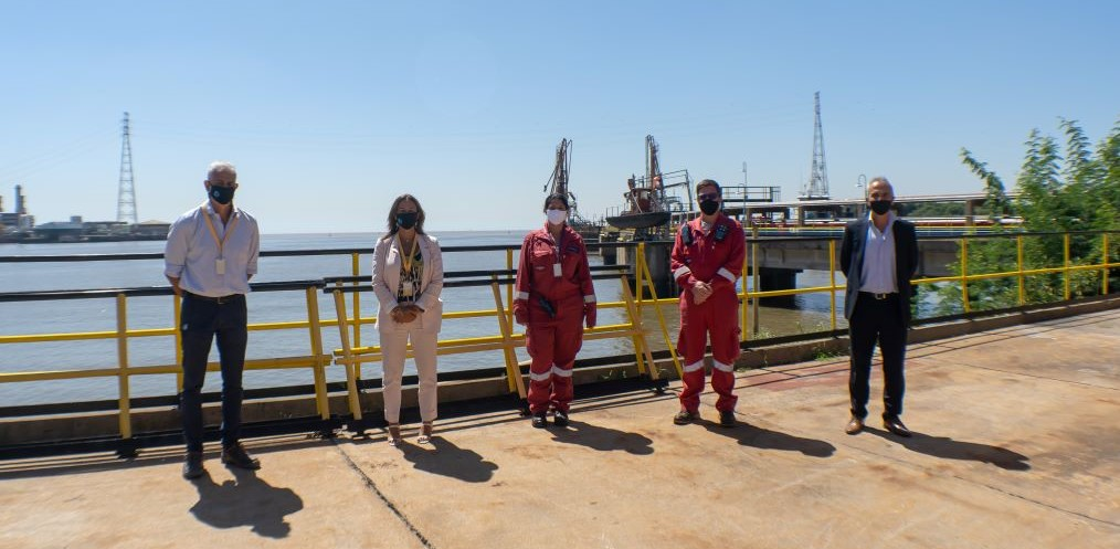 Raízen mostró detalles de su plan de inversiones a las autoridades del puerto