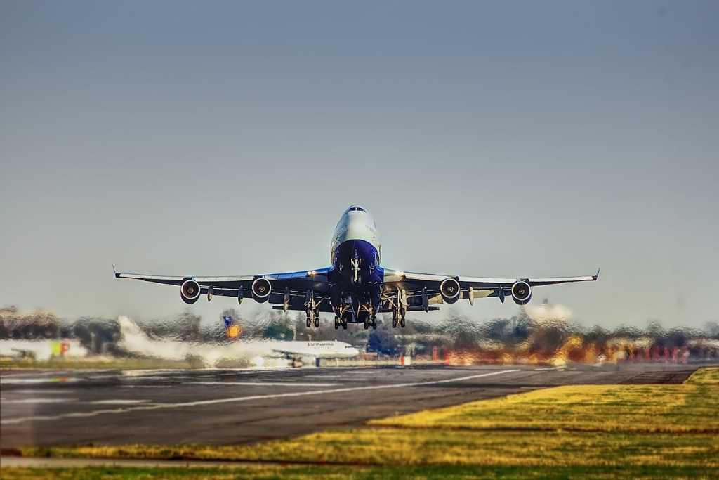 En enero, la carga aérea global volvió a los valores pre-crisis
