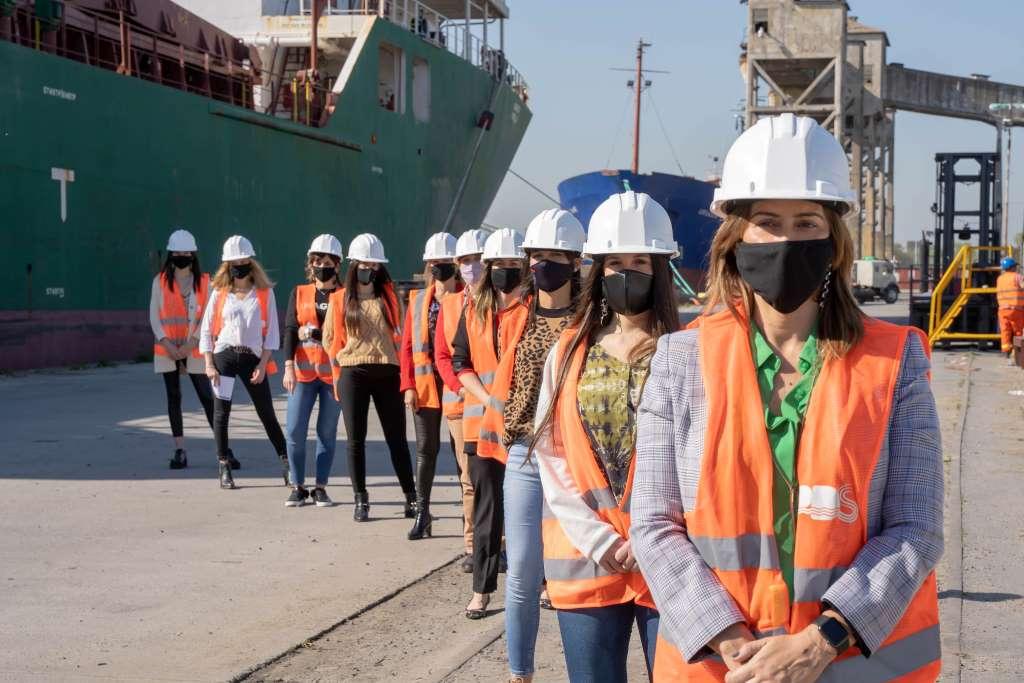 De puertas abiertas, un año de gestión con sello femenino en un puerto clave