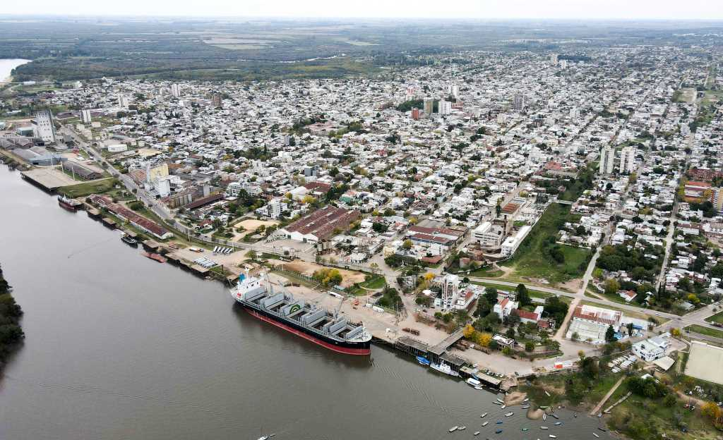 Entre Ríos avanza en negociaciones con China para operar contenedores en Concepción del Uruguay