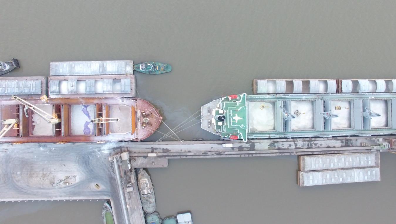 Un grupo logístico argentino invierte en un puerto en Uruguay