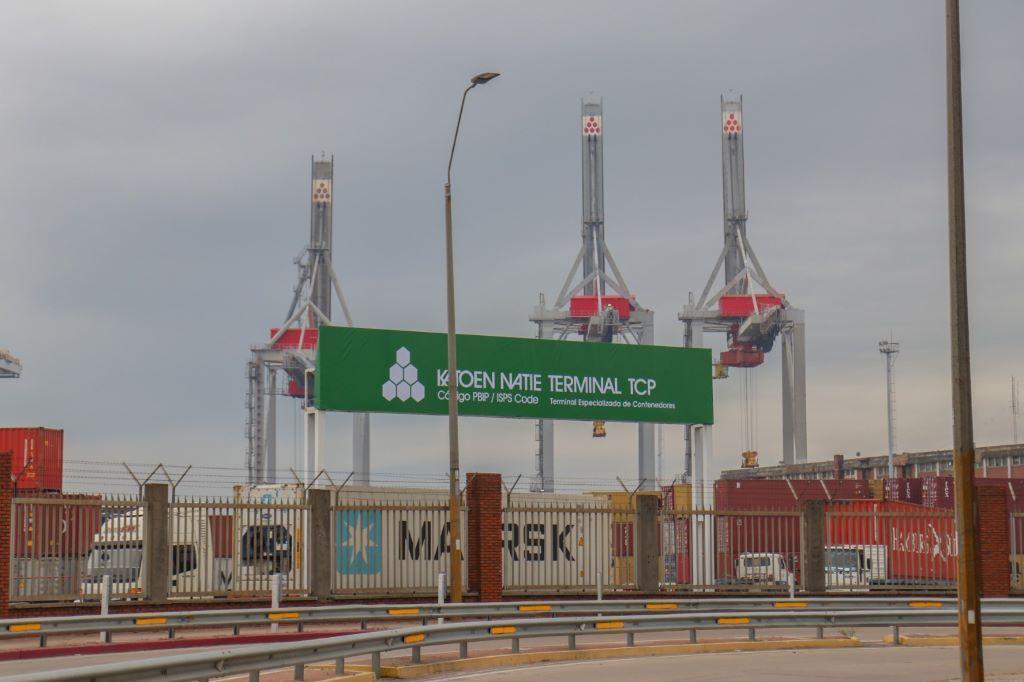 Qué opinan las navieras de la extensión por 50 años del contrato de TCP en el puerto de Montevideo