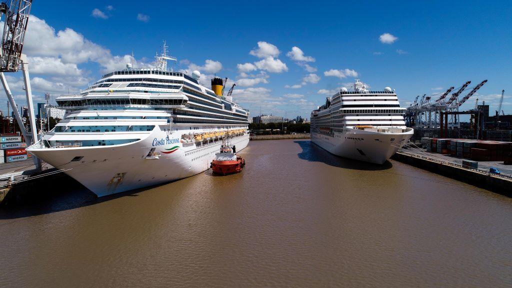 Bonifican hasta un 100% las tasas a los cruceros para la temporada 2021/2022