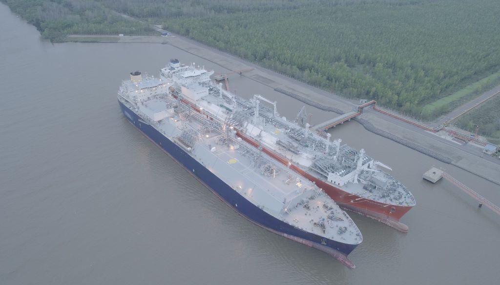 América del Sur aumentó un 116% la demanda de gas natural licuado por la merma en la producción hidroeléctrica