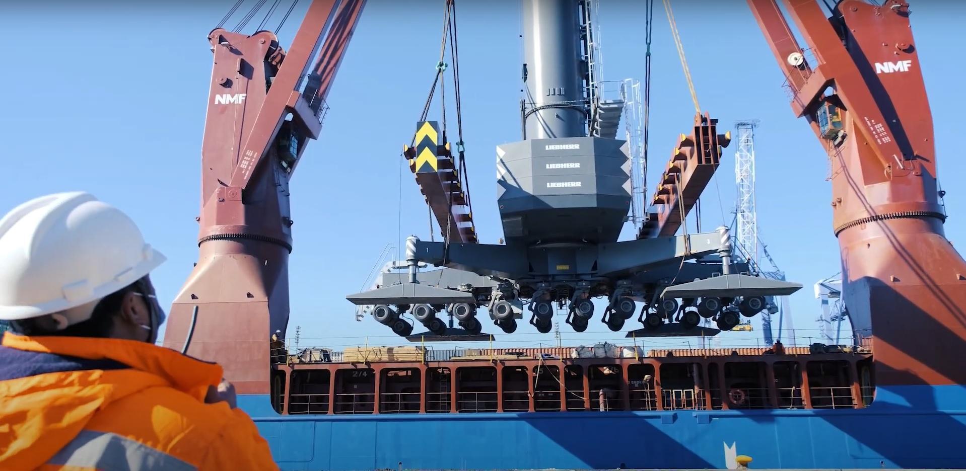 APM Terminals incorporó una grúa móvil nueva en el Puerto Buenos Aires