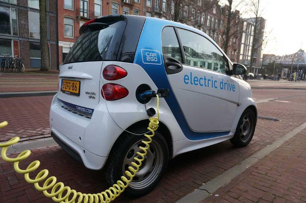 Economía circular, el gran desafío de los metales para producir vehículos eléctricos
