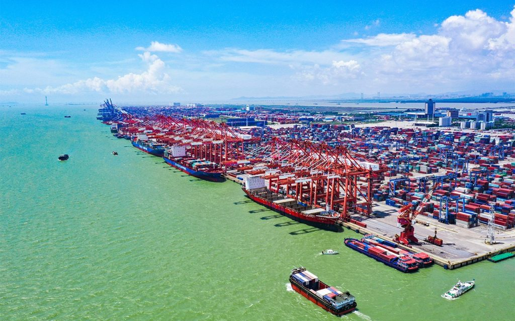 EE.UU., la Unión Europea y China revisaron la situación de la regulación en el transporte marítimo internacional